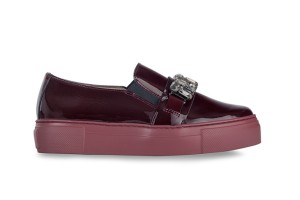 zapato-mujer-pala-alta-cereza-elasticos-laterales-adorno-joyas-piso-bloque-wonders